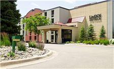 LivINN Hotel Minneapolis South/Burnsville - Hotel Entrance