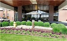 LivINN Hotel Cincinnati / Sharonville Convention Center - Hotel Entrance