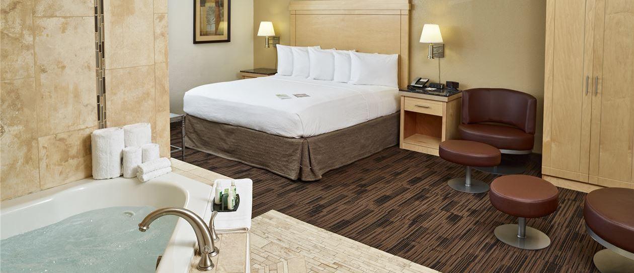 Rooms of LivINN Hotel St. Paul - I-94 - East 3M Area